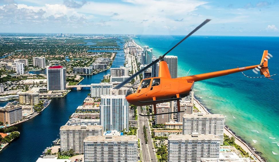 1 Hour Deluxe Helicopter Tour