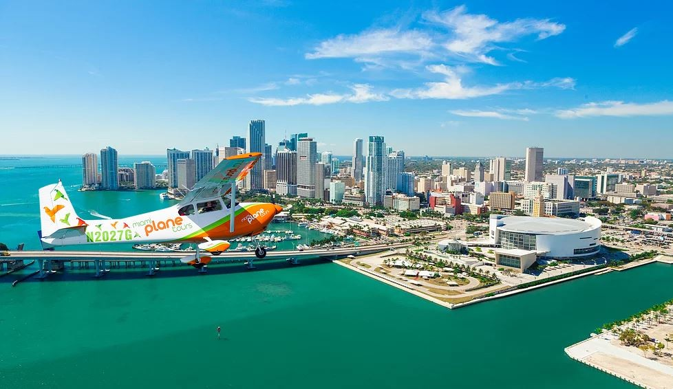 40 Minute Miami Skyline Airplane Tour