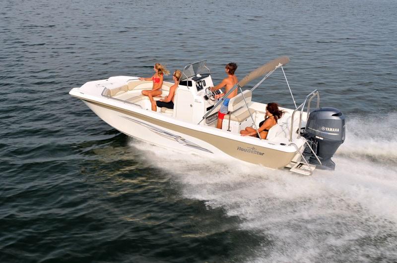 4 Hour Boat Rental: 1-8 people